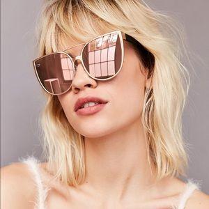 Quay sorority princess pink sunglasses